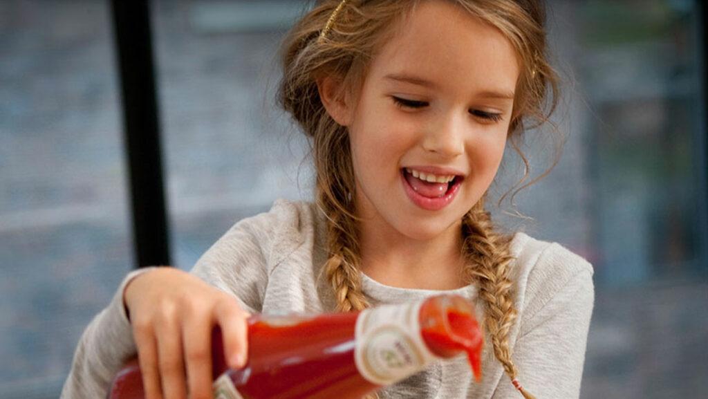 Kraft Heinz Ketchup glass bottle